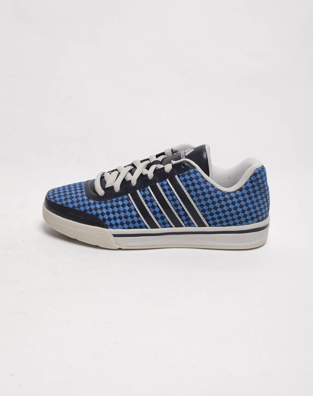 阿迪达斯adidas女子蓝色篮球鞋g05620